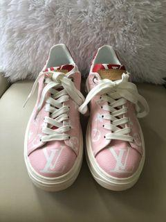 LV pink/white/red runners size 6