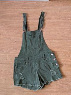Forever 21 - Army Green Overall Shorts in size 27 (size small)