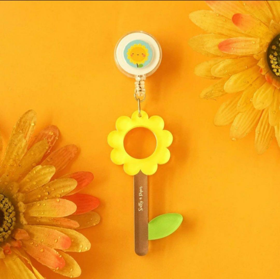 Sunny Flowerwand by Sally&Piper