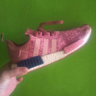 "Adidas NMD R1 ""Salmon Glitch"" Original size 42"
