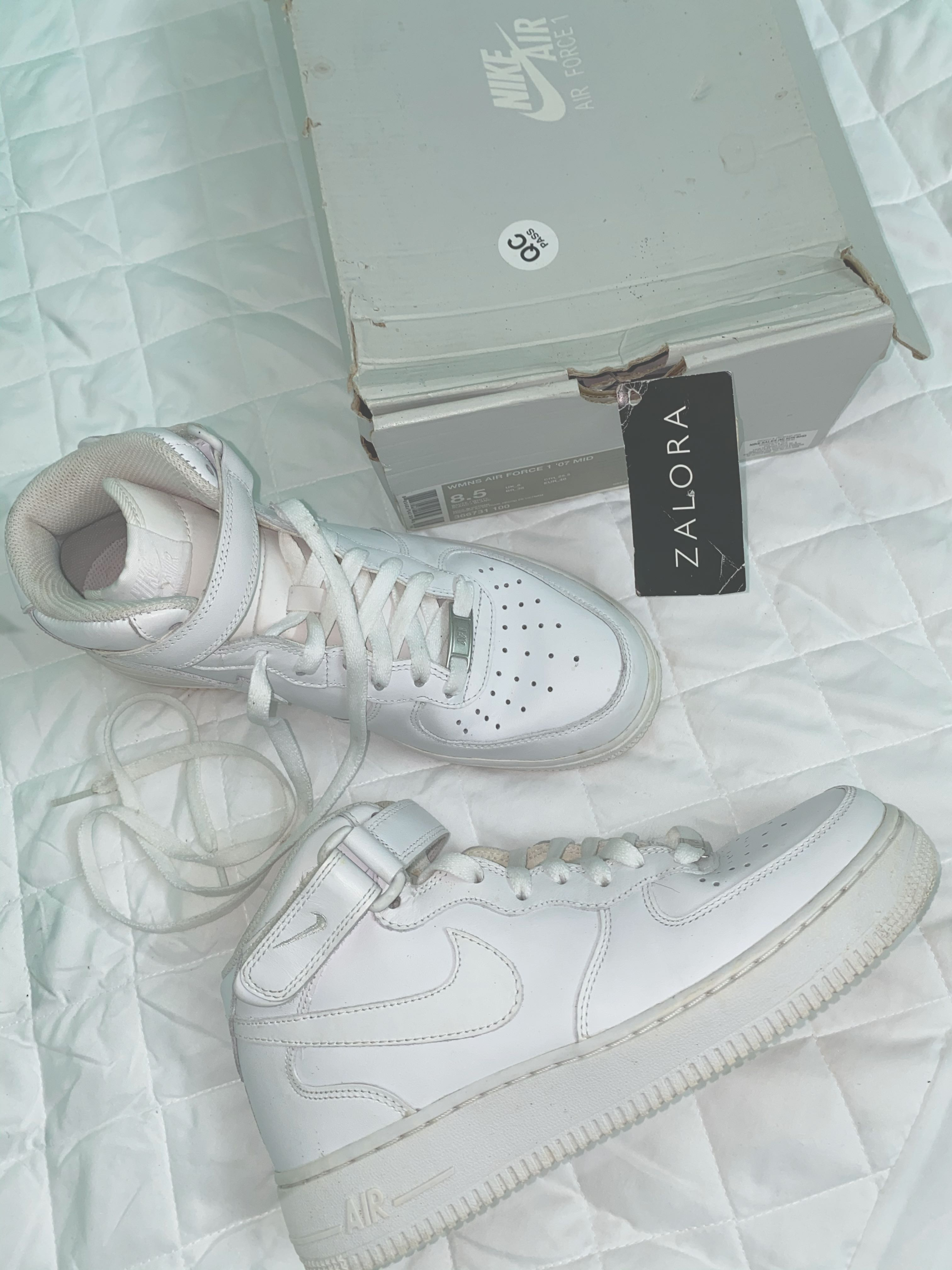 Authentic Nike Air Force 1 '07 Mid