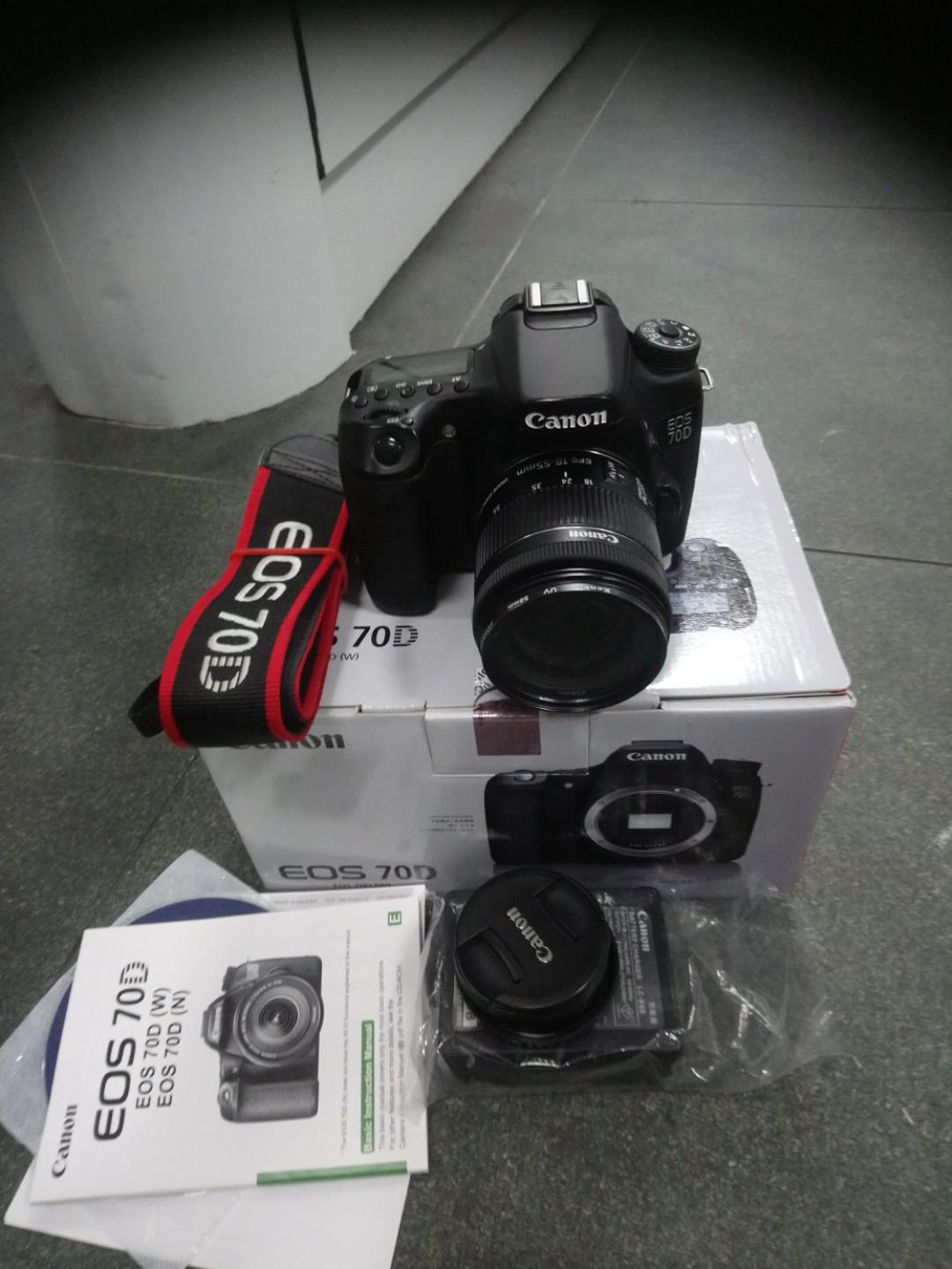 Canon eos 70D body +18-55, memory card