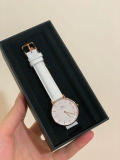 DW 手錶全新!便宜賣!