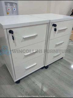 Mobile pedestal cabinet/filing cabinet