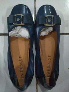 Sepatu flat everbest