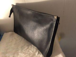 B5尺寸夾層手拿包