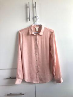 H & M Buttoned Down Top