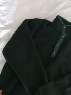 Quarter zip fleece sweater in Forrest green