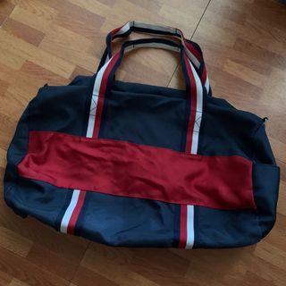 Tommy Hilfiger行李袋