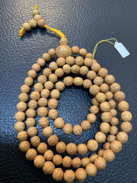 尼泊爾喇嘛剛寄過來普提子念珠108顆