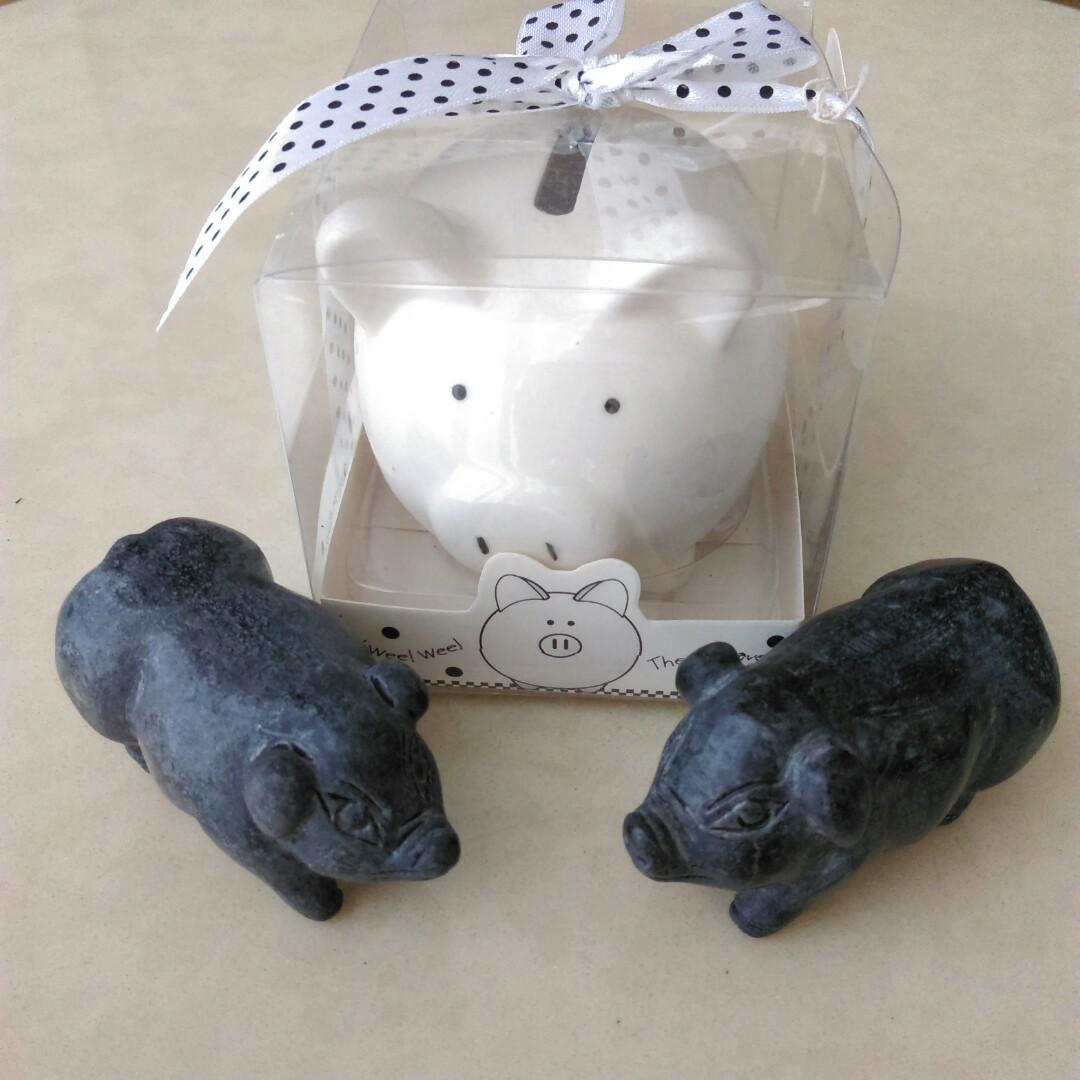 全新二手全帶走 三隻小豬🐷 黑石雕豬公+母一對 共3件