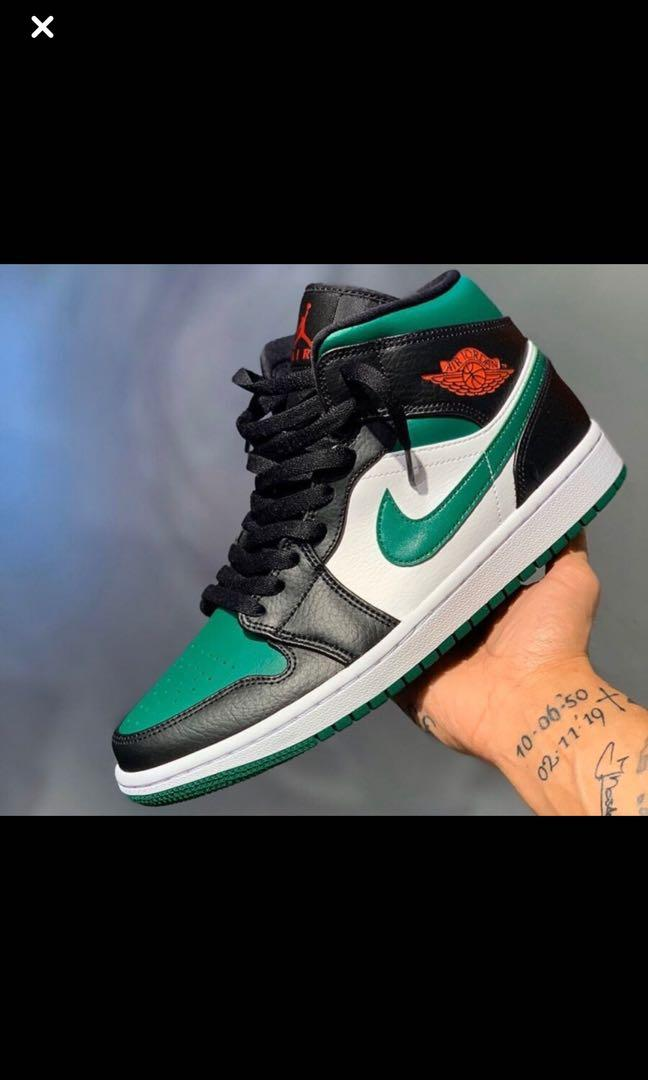 ** NEW** Jordan 1 Mid green kids  size 7 ... pick up only