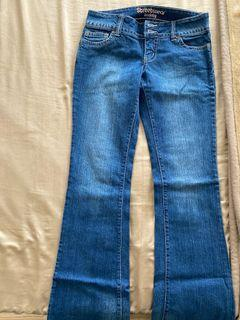 Bell bottom jeans - size 7