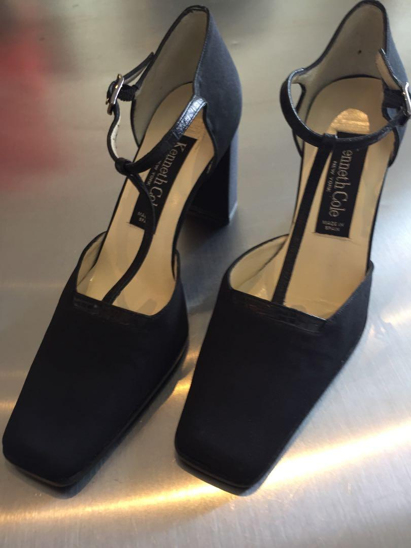 Brand New Kenneth Cole Black T-Strap High Heel Shoes