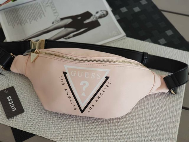 lupo Tabella finale montare  Clearance Sale] Authentic Guess Fernanda Logo Fanny Pack, Women's Fashion,  Bags & Wallets on Carousell