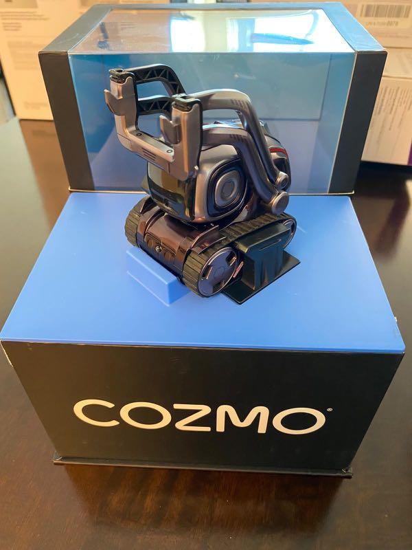 Cozmo Collector's Edition.