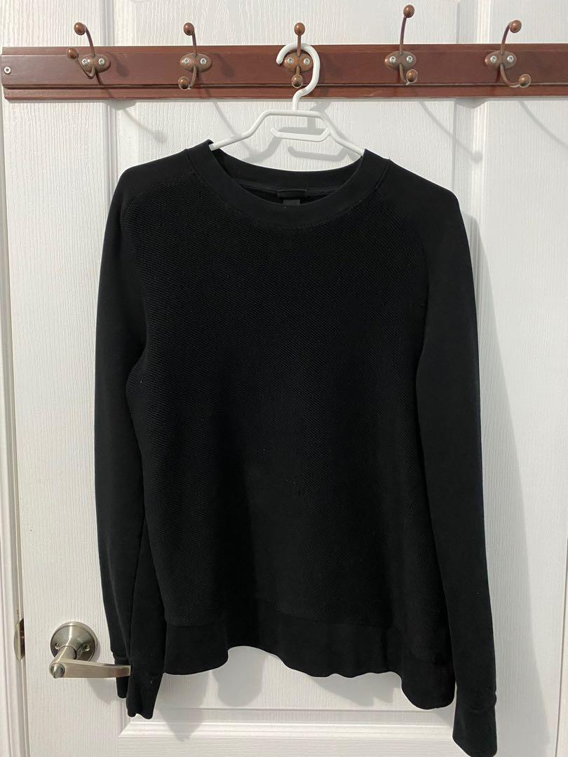 H&M Black Muscle Fit  Knit Sweater