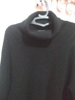 H&M turtle neck sweater size XL