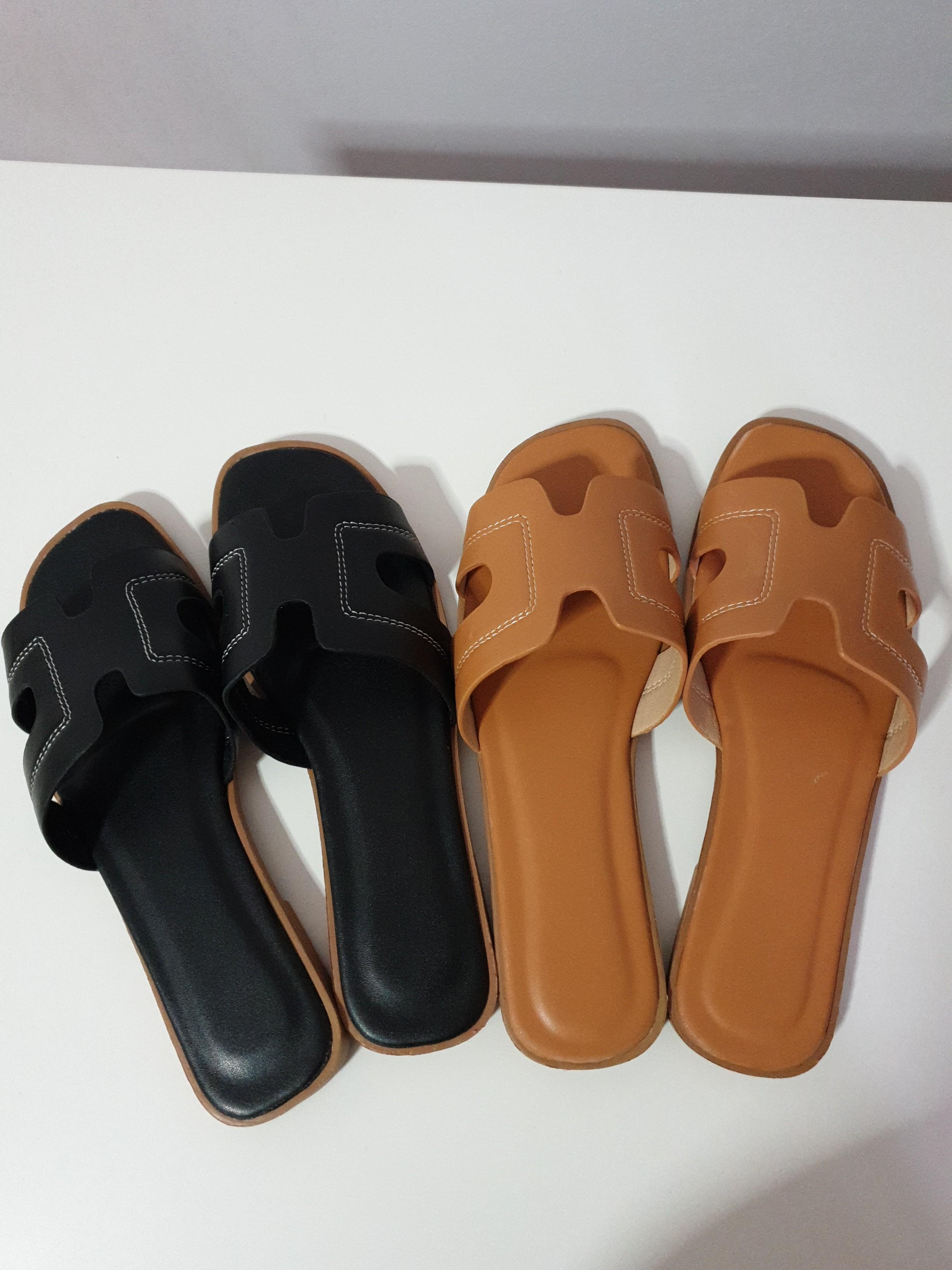 Size 38 Ladies sandals / Slippers