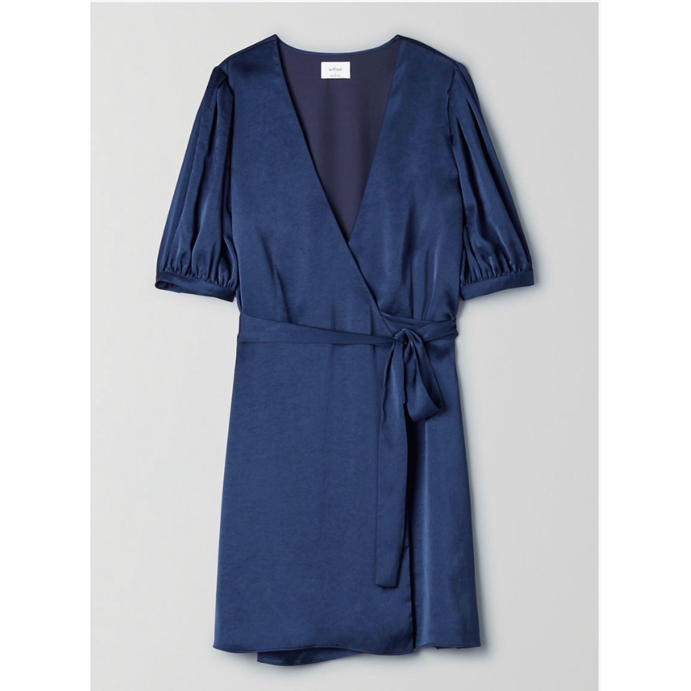 ✨NWT✨ Aritzia Navy blue dress