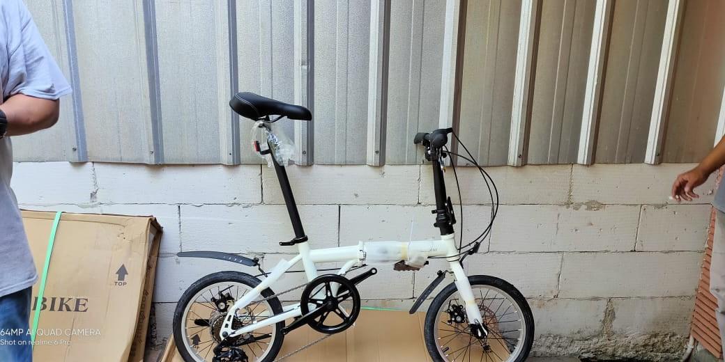 Sepeda Lipat Mercedes-Benz