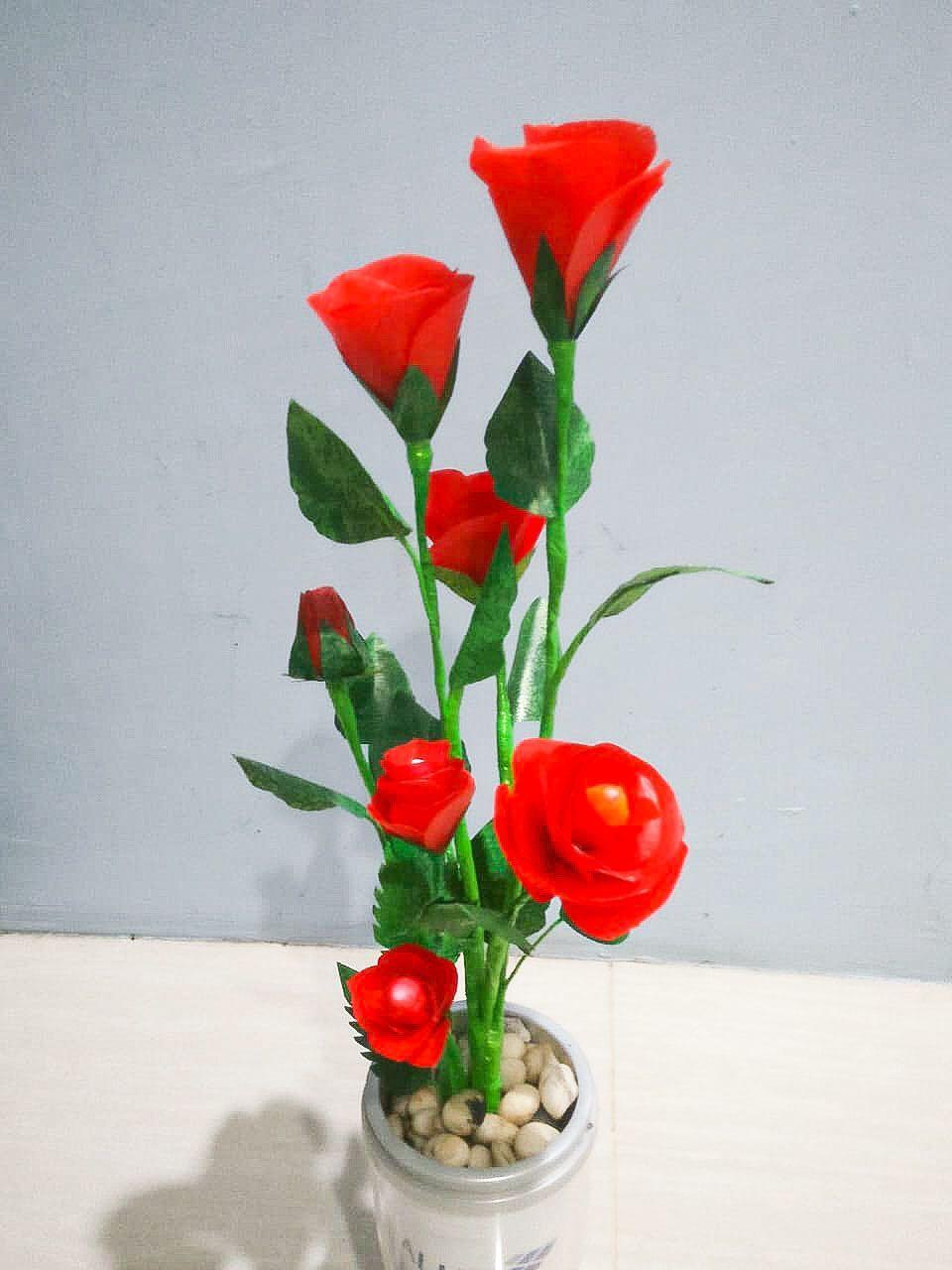 Bunga Plastik Hias