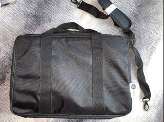 Eyelash tech travel bag
