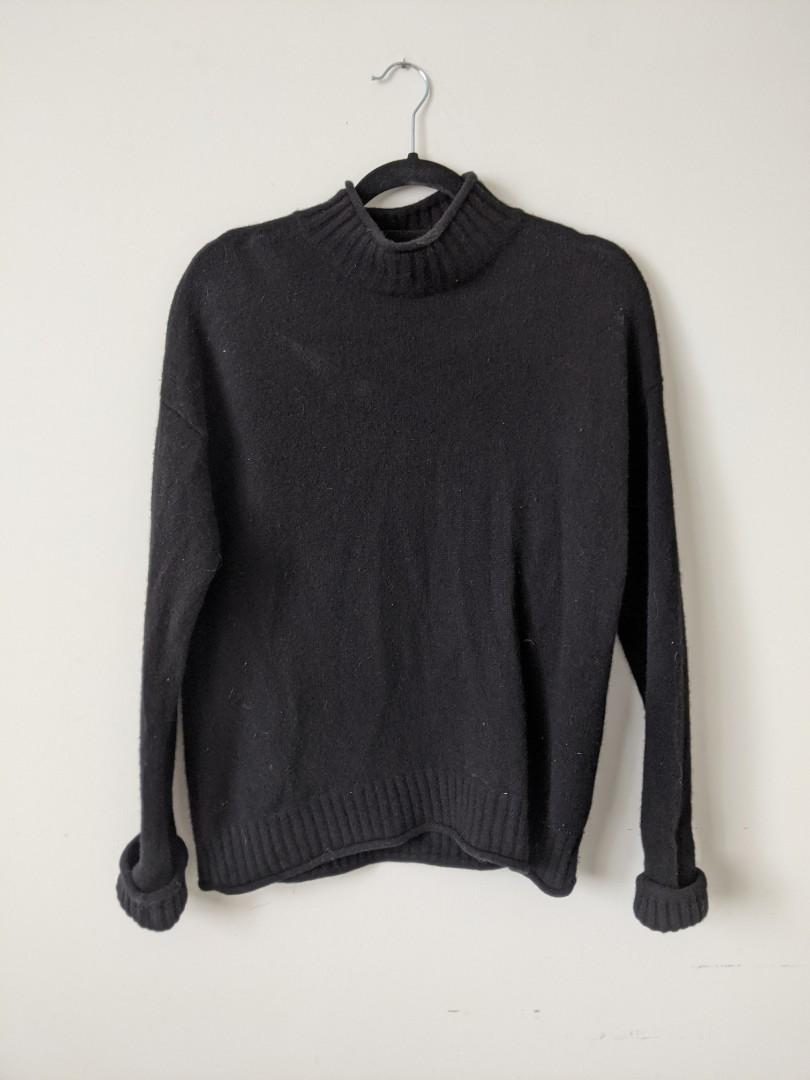 Levi's 100% merino wool sweater