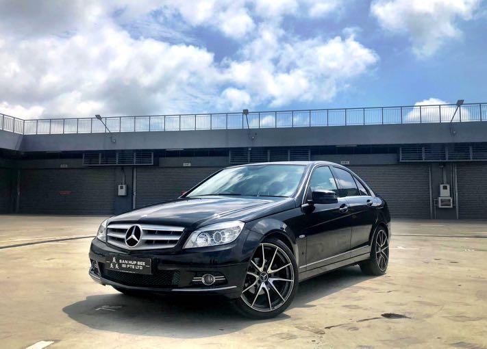 Mercedes-Benz C200 CGI  Auto
