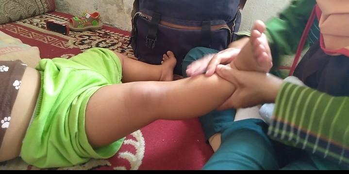 Pijat badan khusus wanita dan anak-anak (baby).