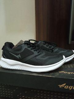 Sepatu Eagle X-Ternal