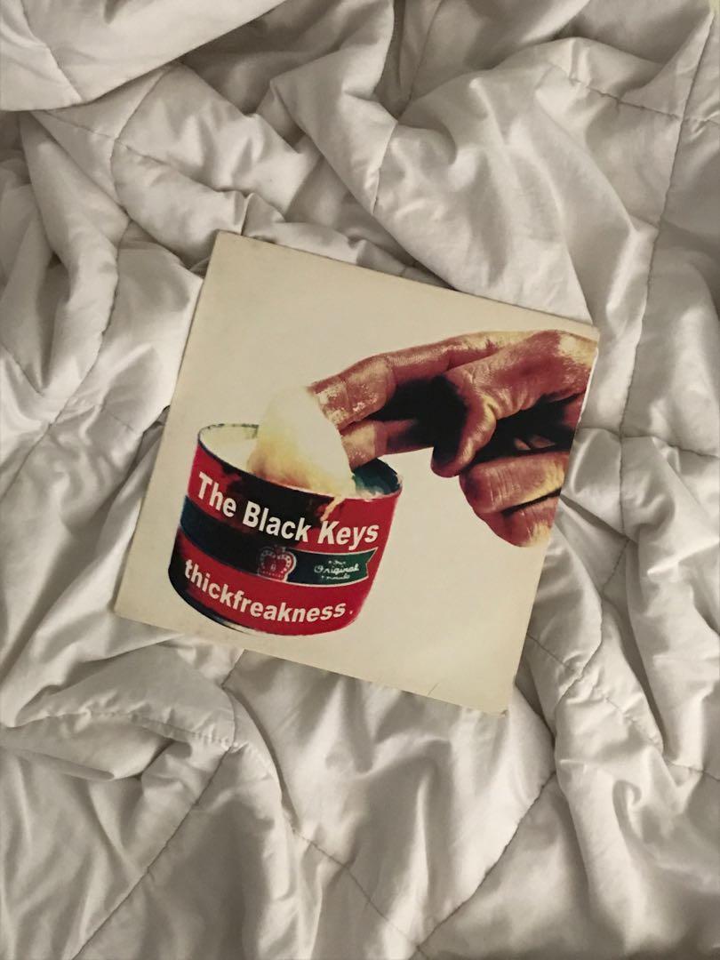 Vinyl The Black Keys Thickfreakness Piringan Hitam