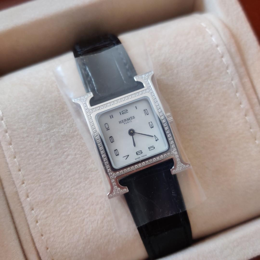 35% off! New Hermes Heure H PM with diamond setting, mother of pearl face. Black Shiny Alligator strap