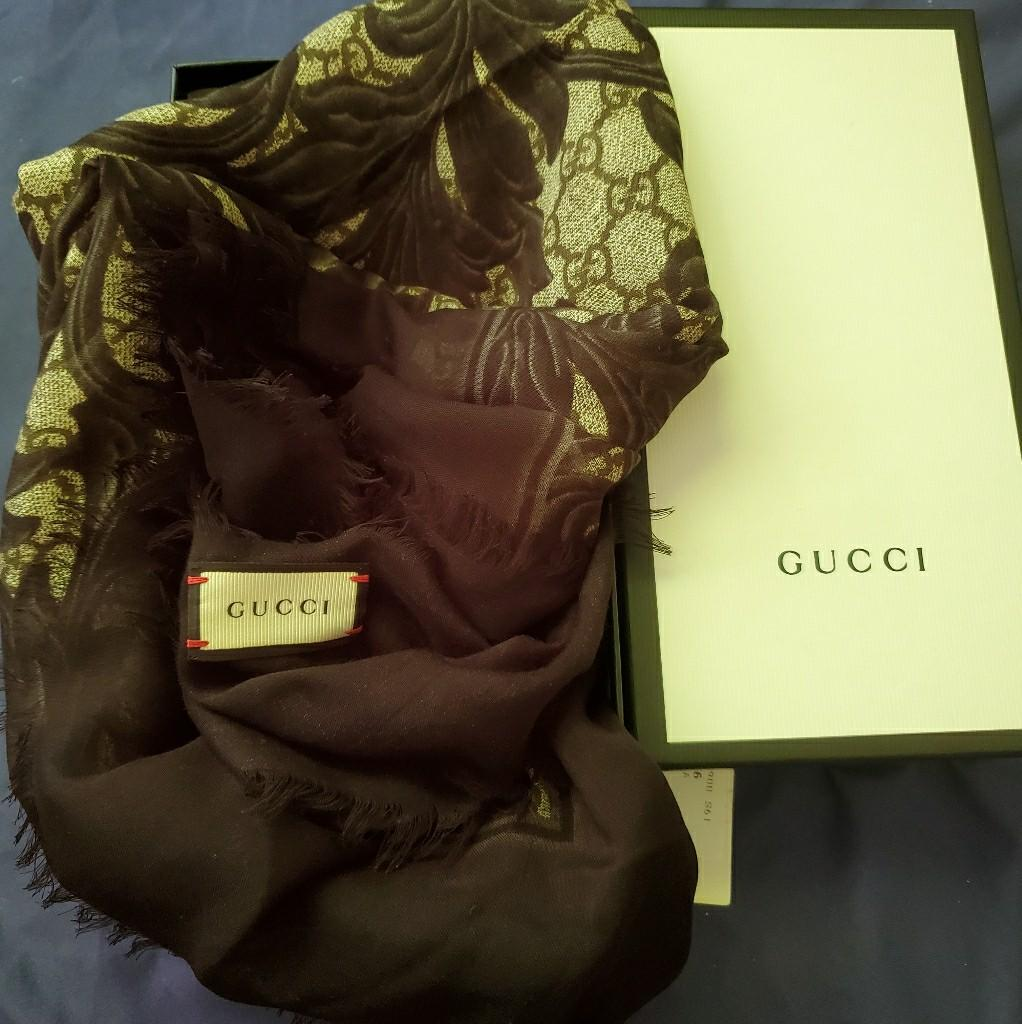 Authentic gucci Shawl