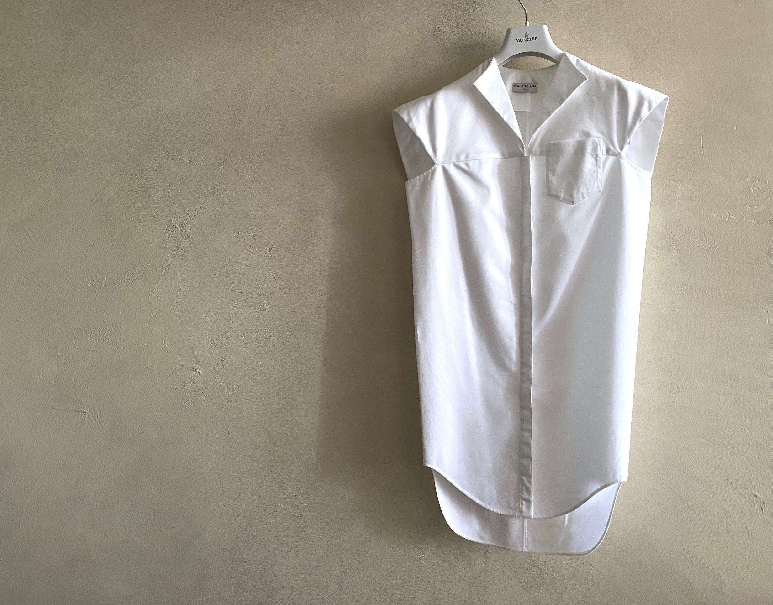 Balenciaga Crisp Cotton-Poplin White Shirt Dress. A very Effortless Piece.