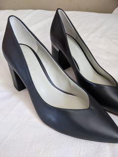 BNWT 1.State Black Heels