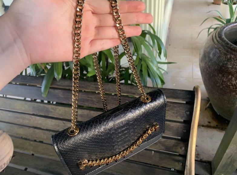 Charles & Keith croc-effect chain sling purse ✨
