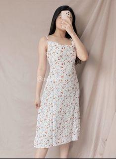 Floral dress 140k nego tipis