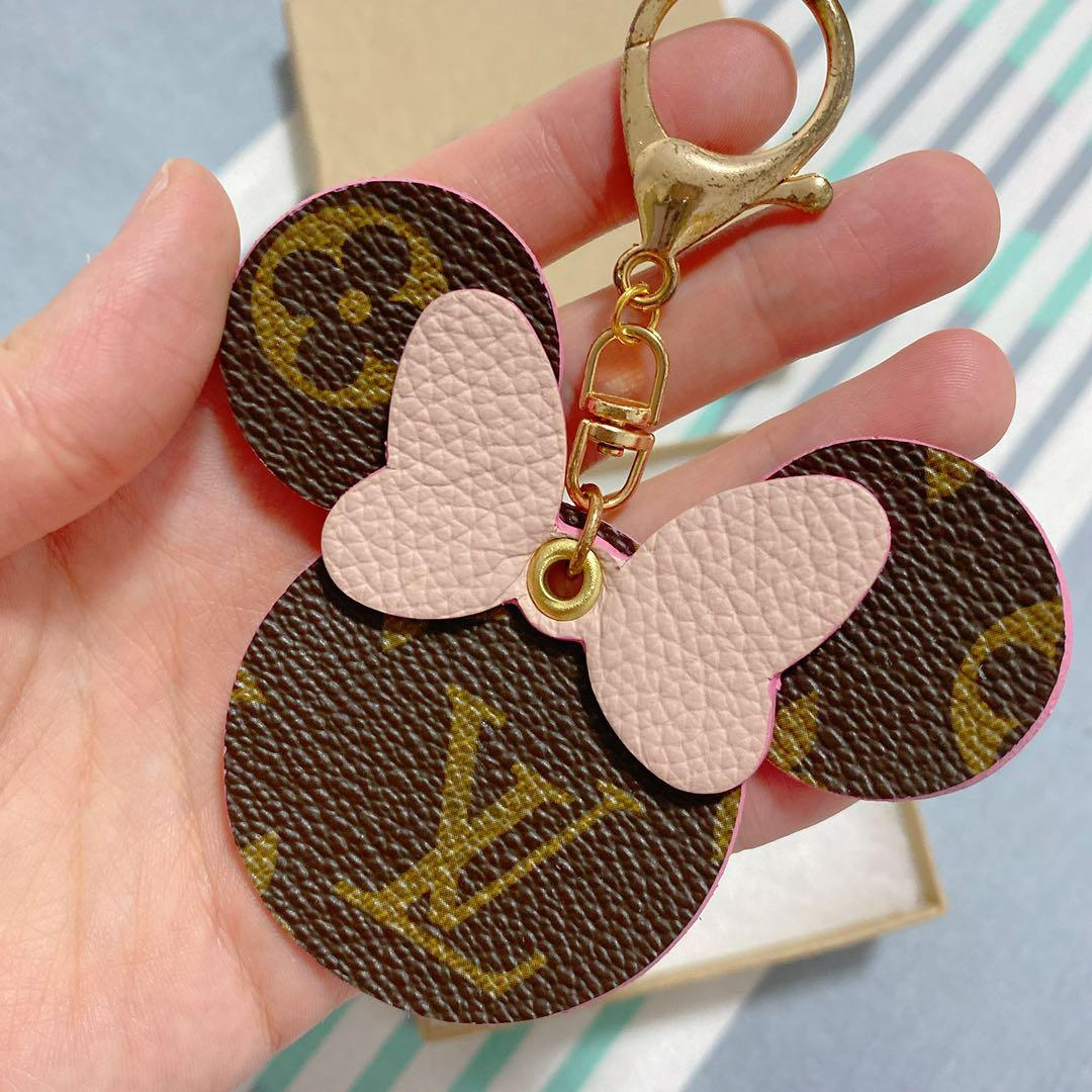 Louis Vuitton LV Authentic Minnie Keychain