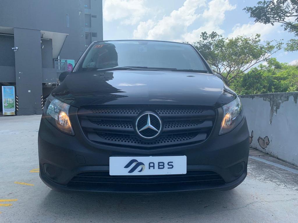 Mercedes-Benz 109 Manual