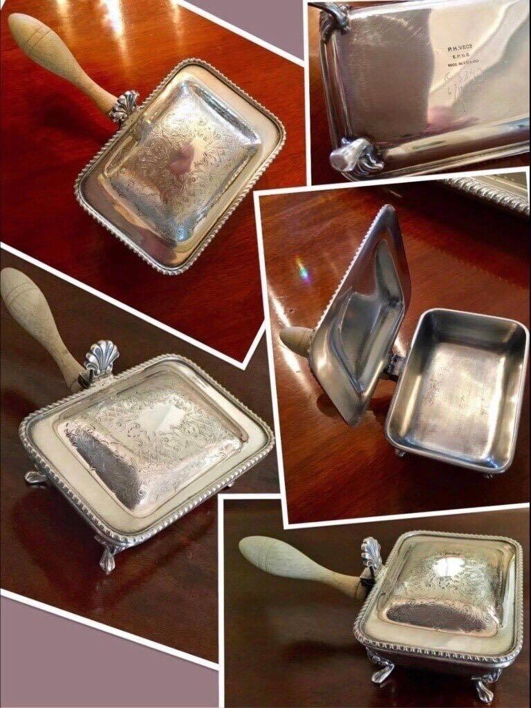 ⭐REDUCED PRICE!!!!  Vintage 1930-40 Silver plated hinged/covered CIGARETTE BUTLER with wooden handle.