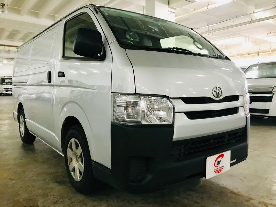 Toyota Hiace 3.0 Manual 5 Door