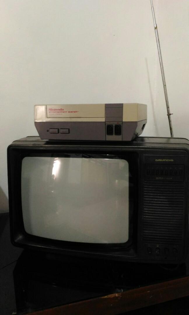 Tv jadul grundig dan nintendo