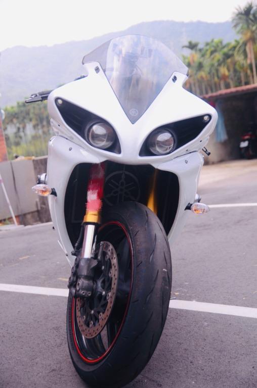 Yamaha Yzf-R1 珍珠白 跑車等級