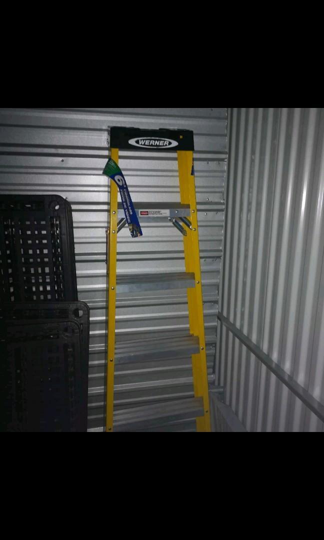 6' fibreglass new ladder