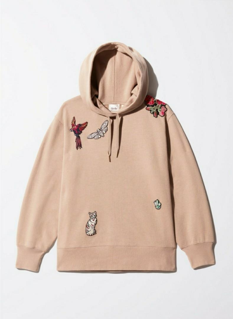 Aritzia little moon achillea hoodie