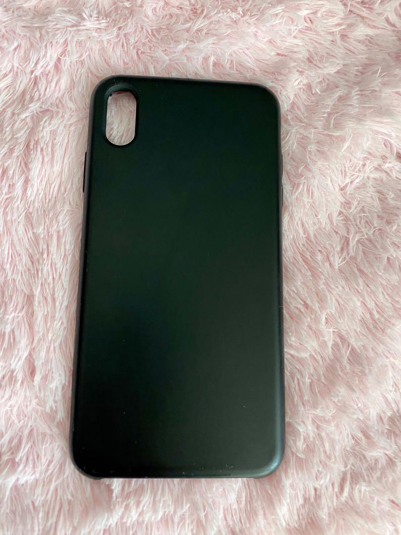 Black Iphone Xs Max phone case