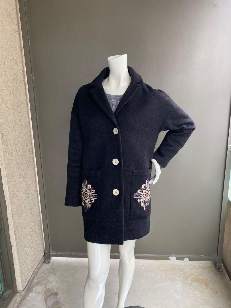 Coat with embroidery size S/M