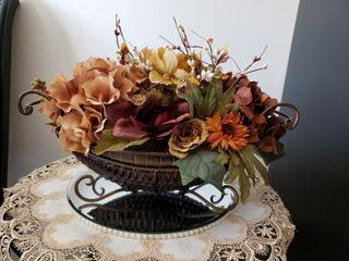 Floral decoration, fall colors