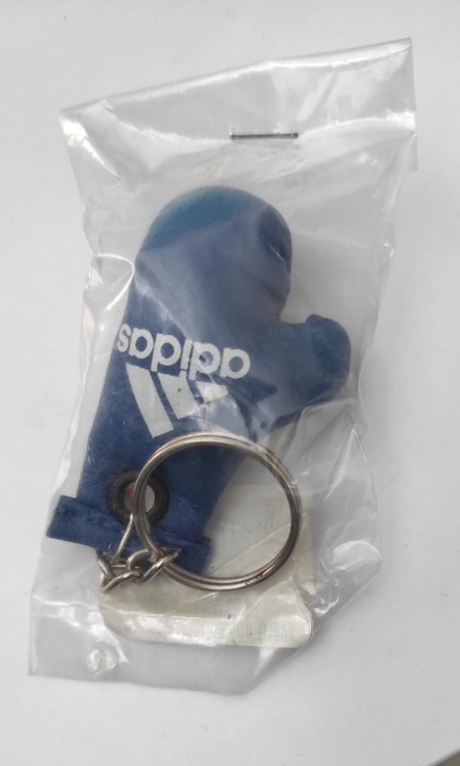 Gantungan Kunci Adidas